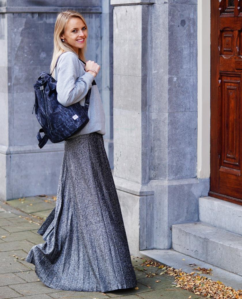 Bag-at-you-Fashion-blog-Herschel-Bag-Grey-outfit-favorite