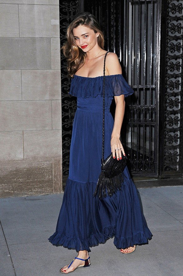 miranda-kerr-navy-off-the-shoulder-dress-ruffle-dress-flat-sandals-fringe-purse-black-and-navy-going-out-night-out-wedding-party-special-occasions-party-evening-via-www