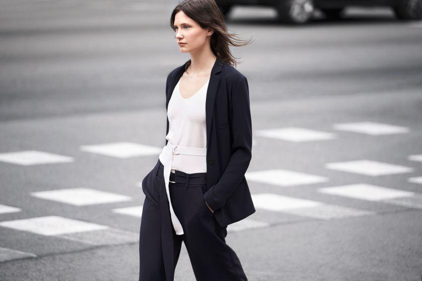 Zara-primavera-verano-2014-traje-negro