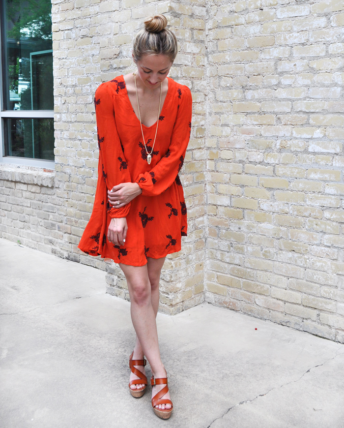 livvyland-blog-olivia-watson-austin-texas-fashion-style-blogger-free-people-boho-embroidered-austin-swing-dress-summer-bohemian-atx-1