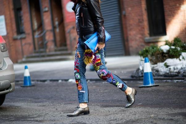 new-york-fashion-week-street-style-day-4-monochrome-and-ripped-denim-18