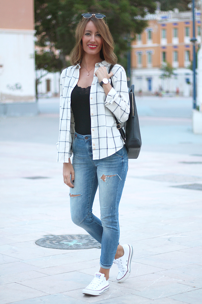 blog_fashion_ainatrendy_fashionblogger_streetstyle_denim_camisadecuadros_converse_hairstyle_lookurbano_81