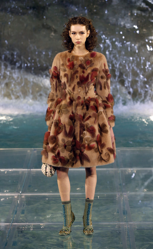 07_fendi_haute-fourrure_aw_16_17_ampliacion