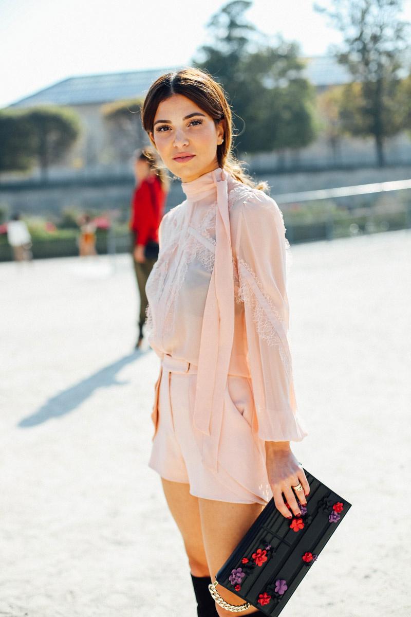 combinar_color_labios_maquillaje_estilismo_look_ropa_street_style_705363938_800x