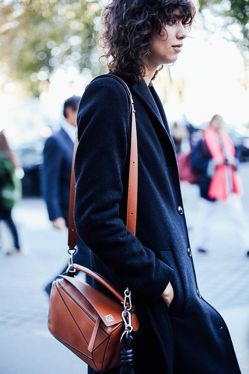 street_style_moda_en_la_calle_en_paris_fashion_week_octubre_2015_dia_3_50081272_800x