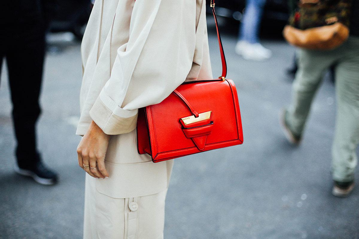 street_style_moda_en_la_calle_en_paris_fashion_week_octubre_2015_dia_3_741382496_1200x