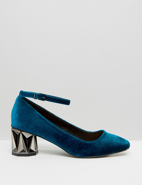 480x624-6308-11e6-94e0-b18397e4c656compras-elle-tendencia-zapatos-terciopelo-asos-13021847-1-esl-es-asos-jpg