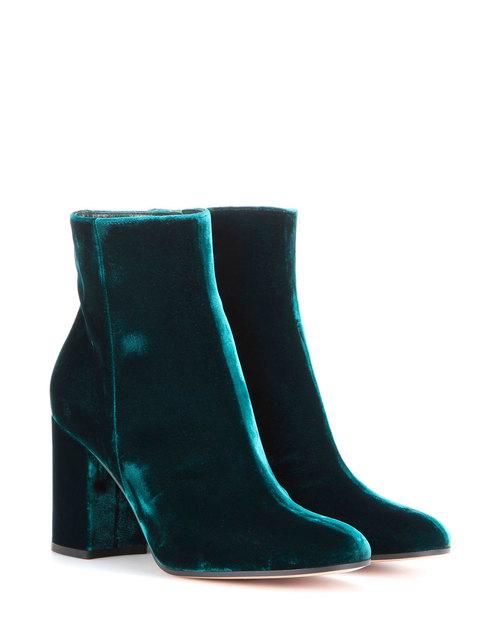 480x624-7e4c656compras-elle-tendencia-zapatos-terciopelo-gianvito-rossi-13021946-1-esl-es-gianvito-rossi-jpg
