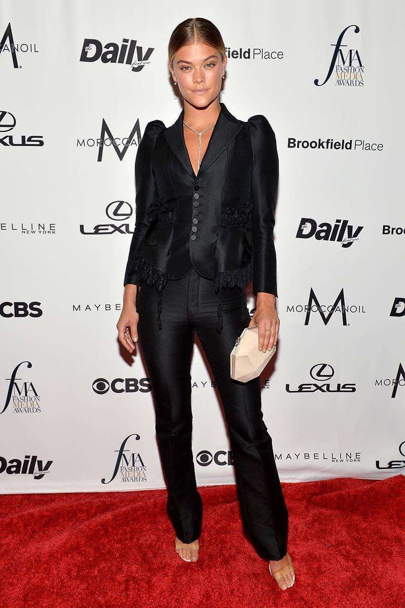 premios_fashion_media_awards_nueva_york_emily_ratajkowski_732677759_800x