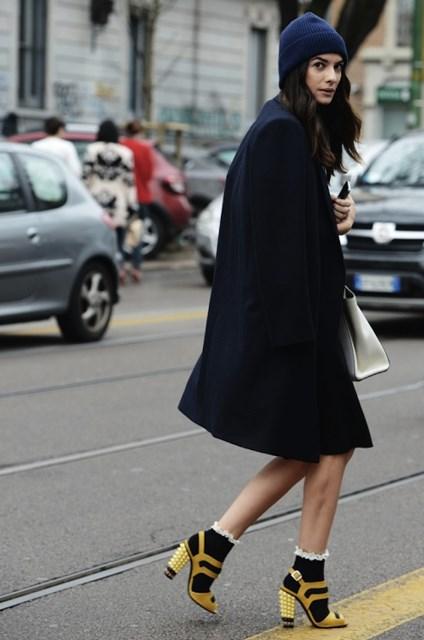 calcetines-con-tacones-abrigo