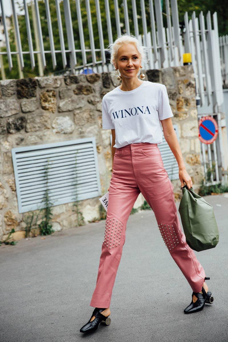 street_style_paris_fashion_week_loewe_christian_dior_470228007_800x