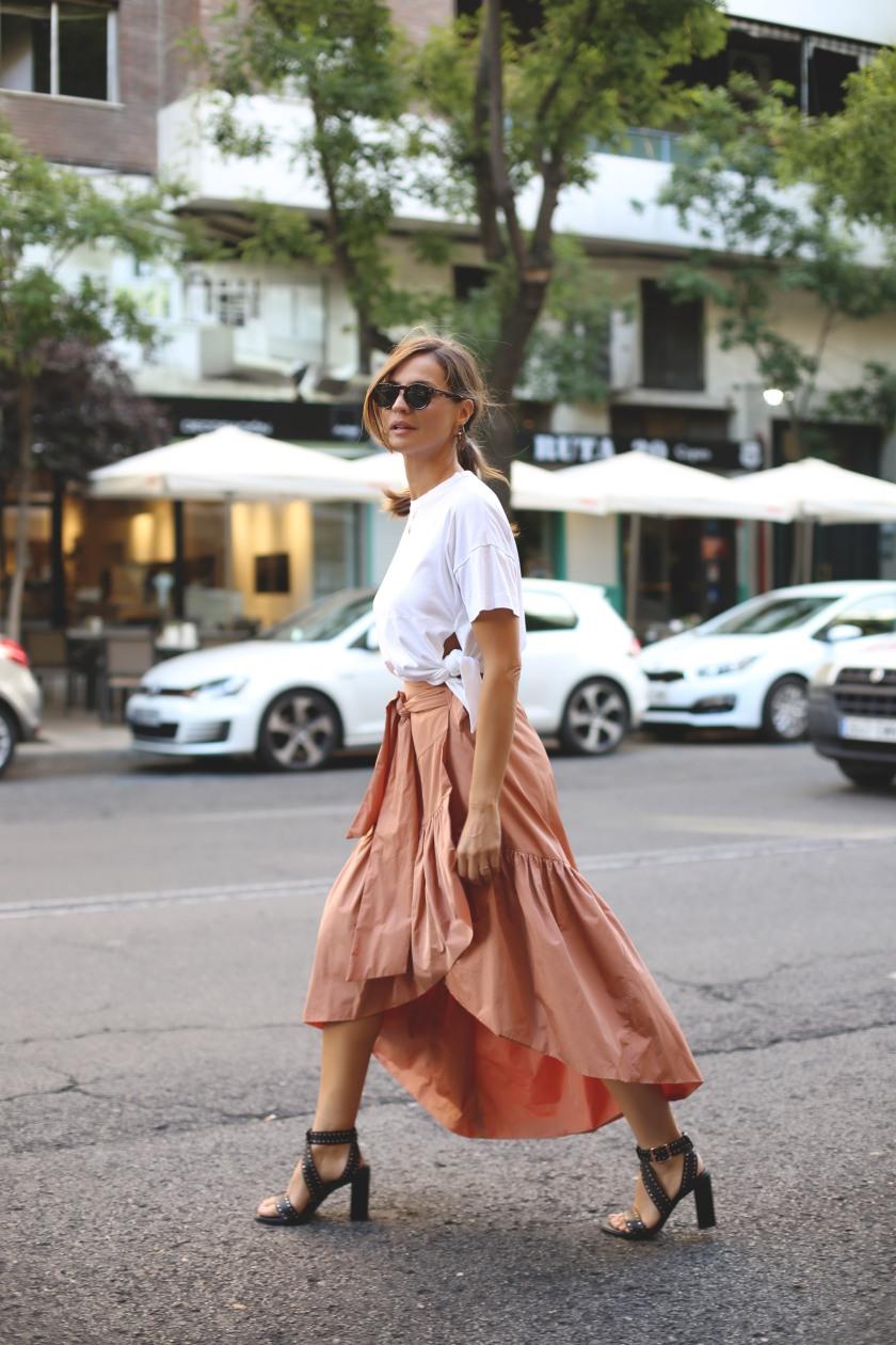 ladyaddict_falda_volante_street_style