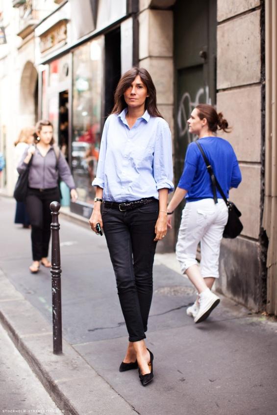 emmanuelle-alt-stockholm-streetstyle-streetstyle-blue-shirt-heelsandpeplum-ways-to-wear