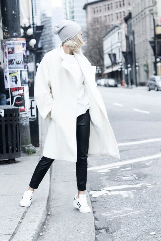 what-to-wear-with-adidas-trainers-and-sneakers-for-women-chic-street-style-13