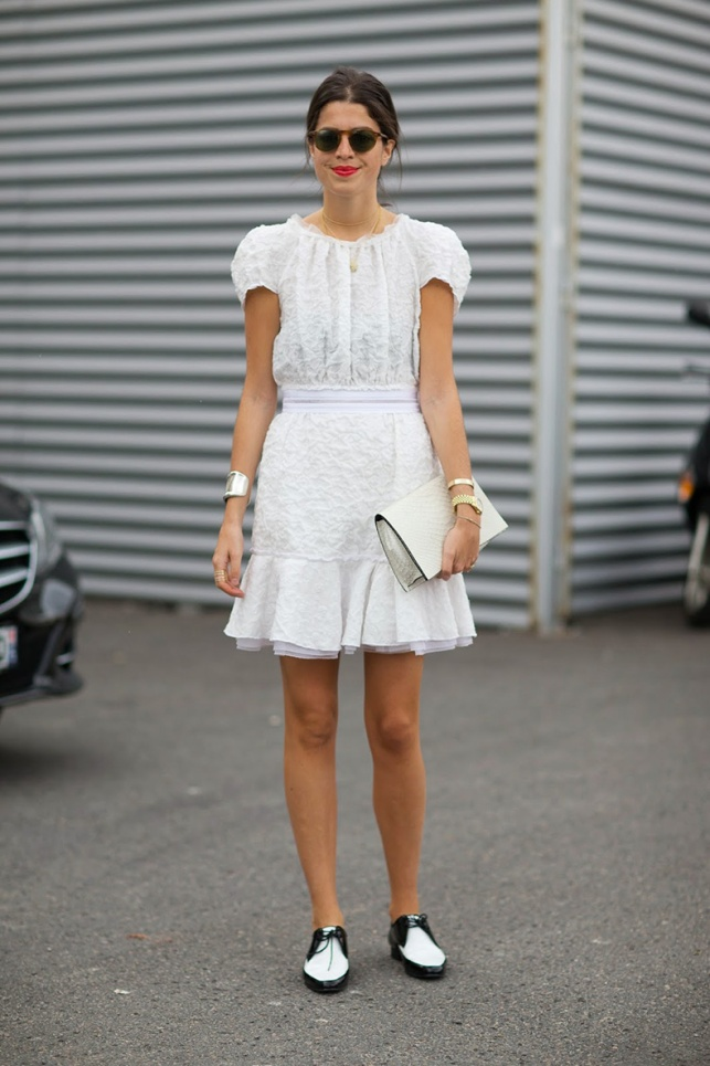 street-style-trend-brogues-black-white-oxford-shoes-leandra-medine-fashion-trends-front-row-blog