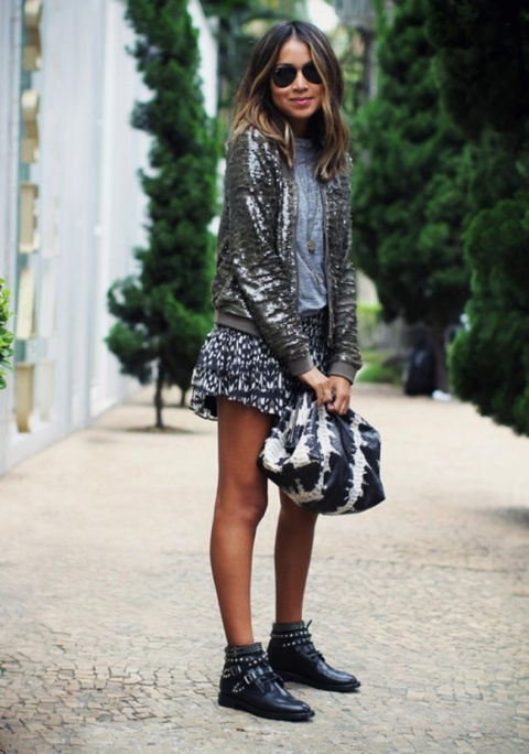 Winter-Layers-Looks-of-the-Week-Fashion-Blogger-Street-Style-Sequined-Jacket-600x855.jpg