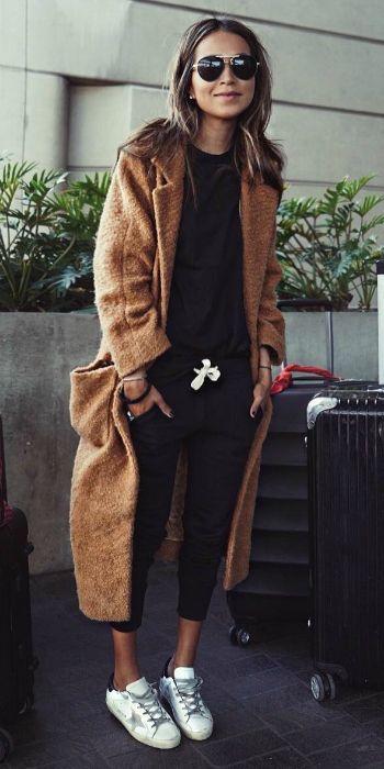 6431b9e16c9836490fa13b5bc0270361--fall-travel-outfit-europe-travel-outfits-fall