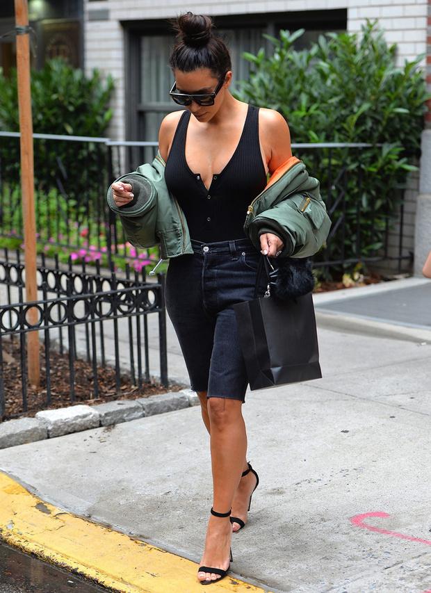 bermudas_kim_kardashian_kendall_jenner_bella_hadid_210918591_620x853