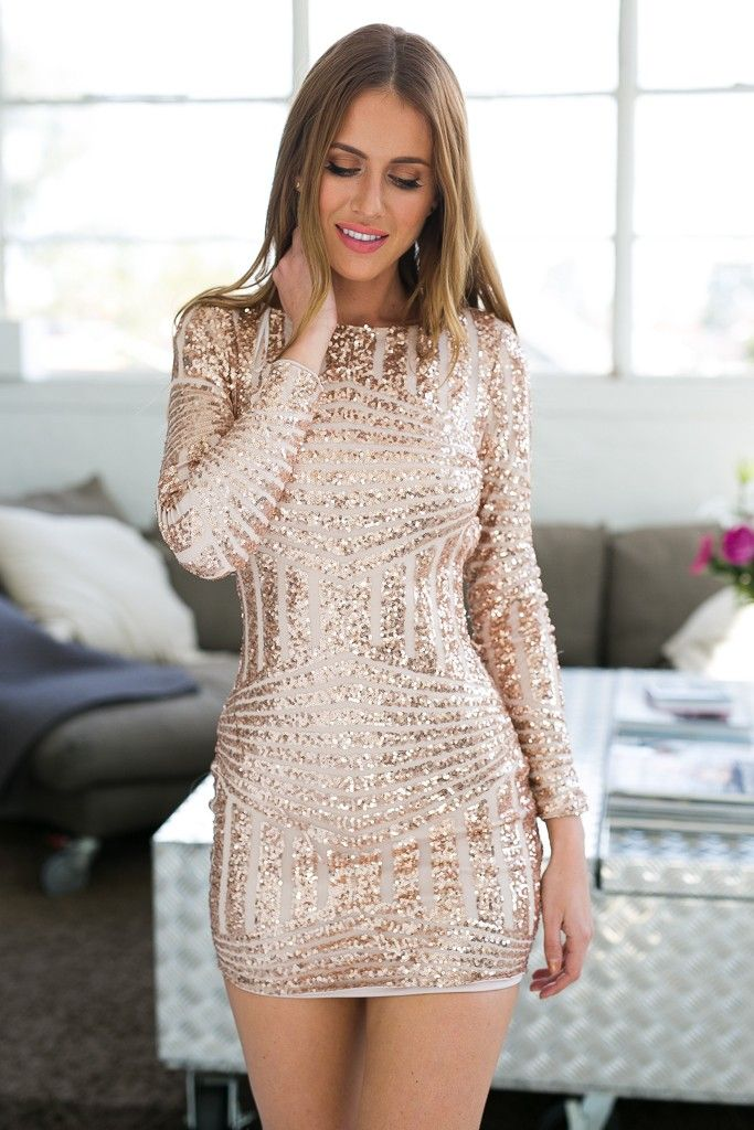 299b7ce1f96c8e2729baa7163567213a--gold-sparkly-dress-rose-gold-dresses