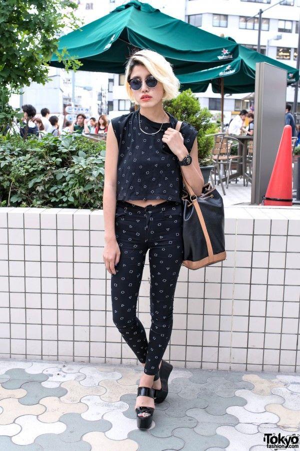 47291fe28bbe29edd580b4c50420313d--japan-street-styles-tokyo-street-style