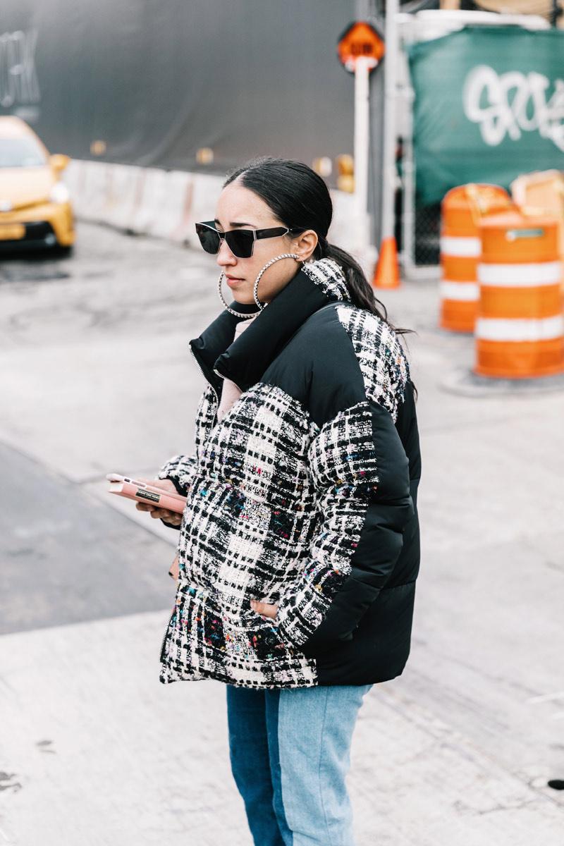 street_style_new_york_fashion_week_febrero_2017_dia_4_969616682_800x